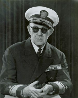 John_Ford_in_admiral's_uniform