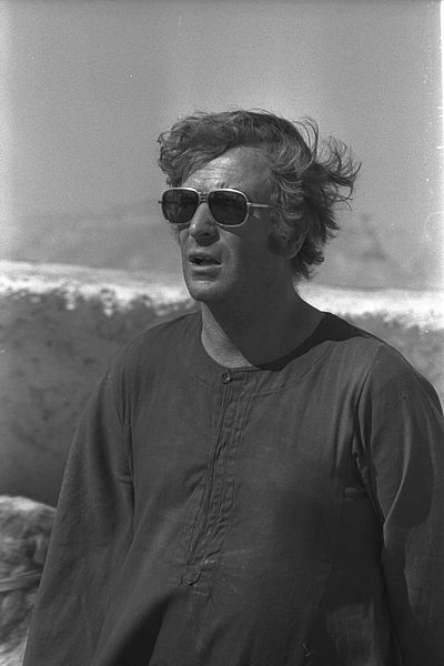 400px-Flickr_-_Government_Press_Office_(GPO)_-_Michael_Caine_in_'Ashanti'