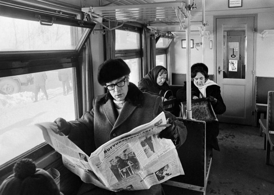 Michael-Caine-1967-Helsinki-b